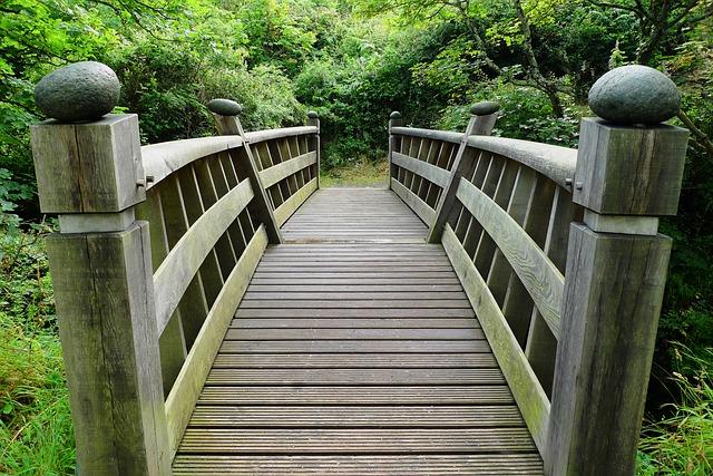 bridge-2062748_640